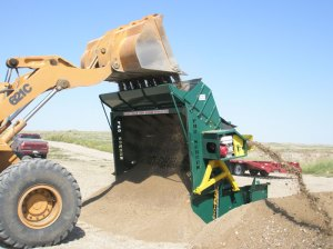 Topsoil screener model PVG-C120 3-product, portable, affordable